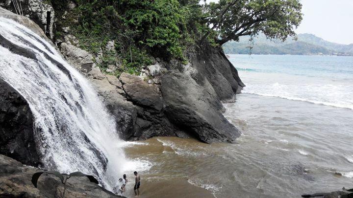 Jalan Menuju Wisata Pantai Banyu Anjlok Malang Perjalanan Menantang Takhlukkan