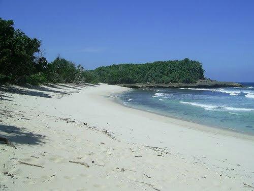 Menikmati Sejuta Keindahan Alam Ekowisata Pantai Lenggoksono Foto Www Plesir