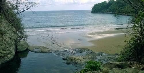 Pantai Banyu Anjlok Wisata Air Terjun Unik Malang Selatan Lokasi