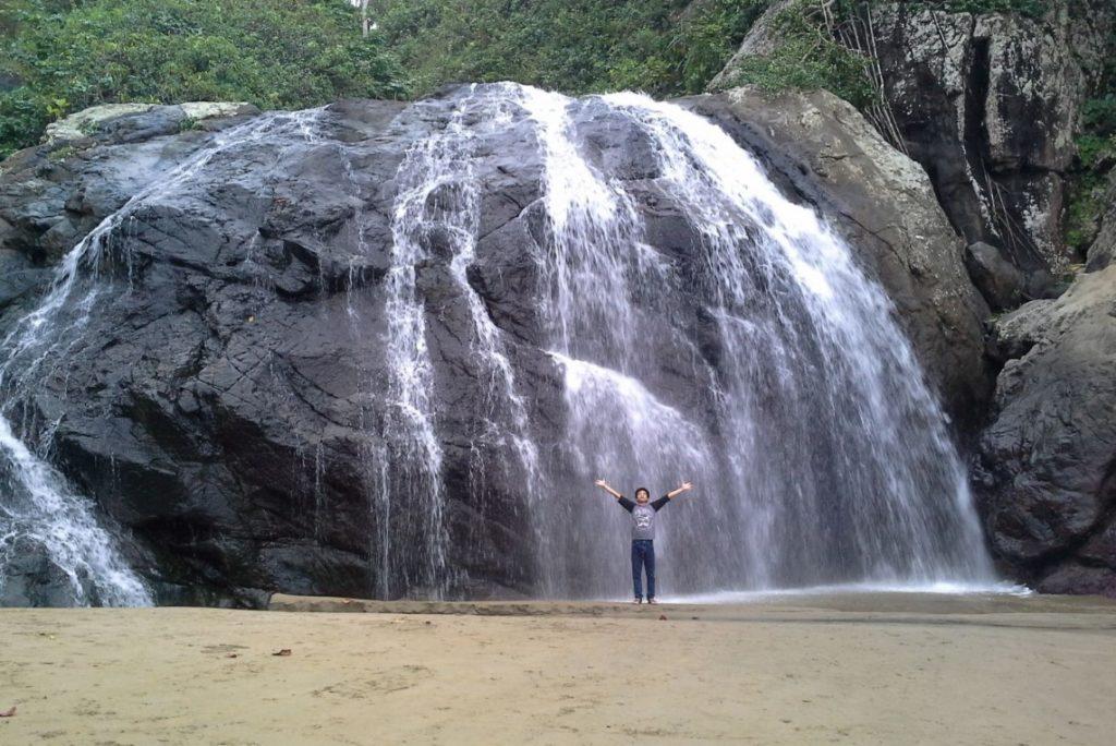 Tempat Wisata Malang Bagus Wajib Dikunjungi Informasi Infojalanjalan Banyu Anjlok