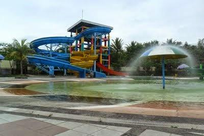 Objek Wisata Wendit Water Park Malang Tempat Indonesia Taman Air