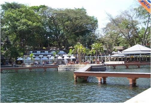 Sejuknya Taman Wisata Wendit Tempat Peristirahatan Prabu Hayam River Malang