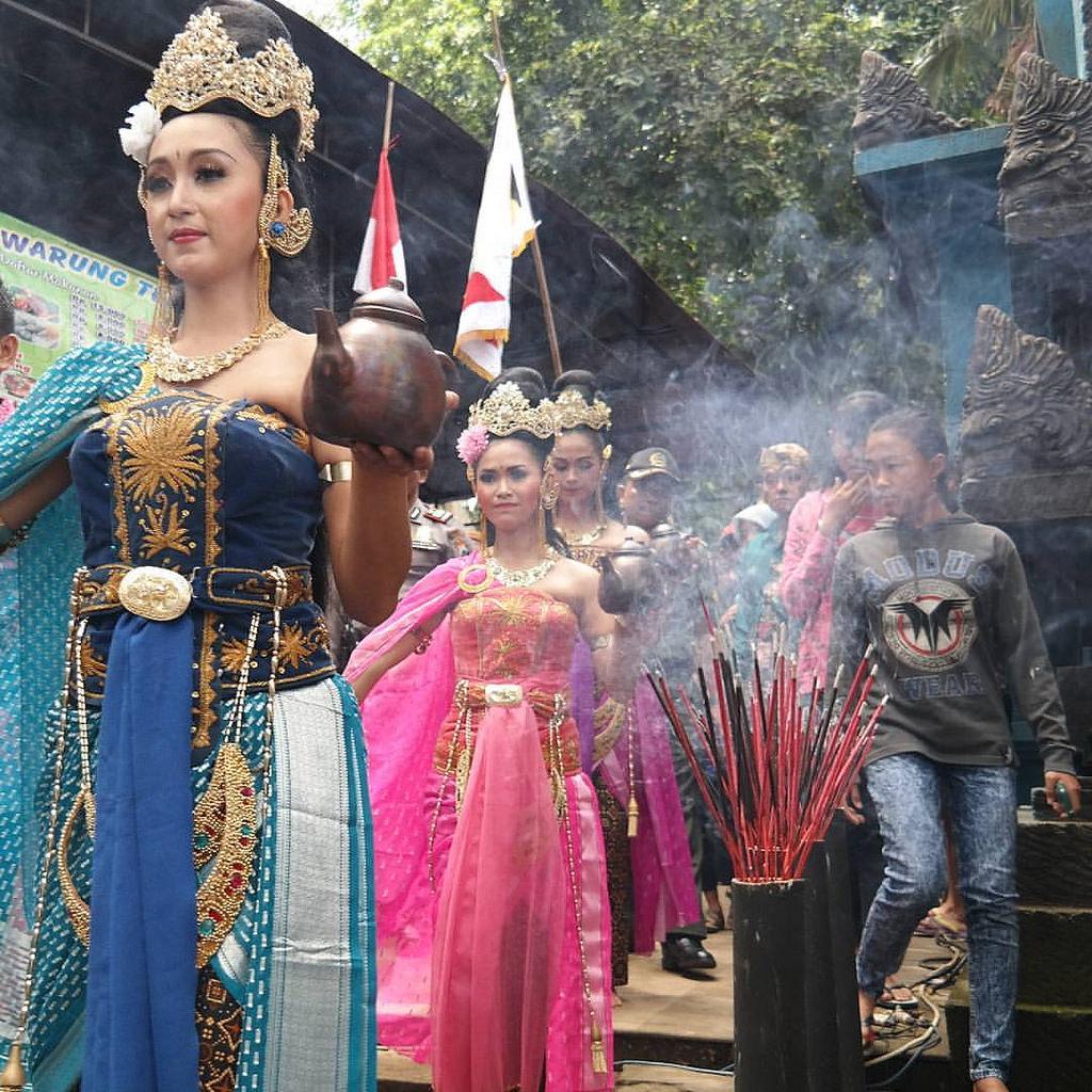 Suku Tengger Kabupaten Malang Tidak Ha Flickr Kawasan Gunung Bromo