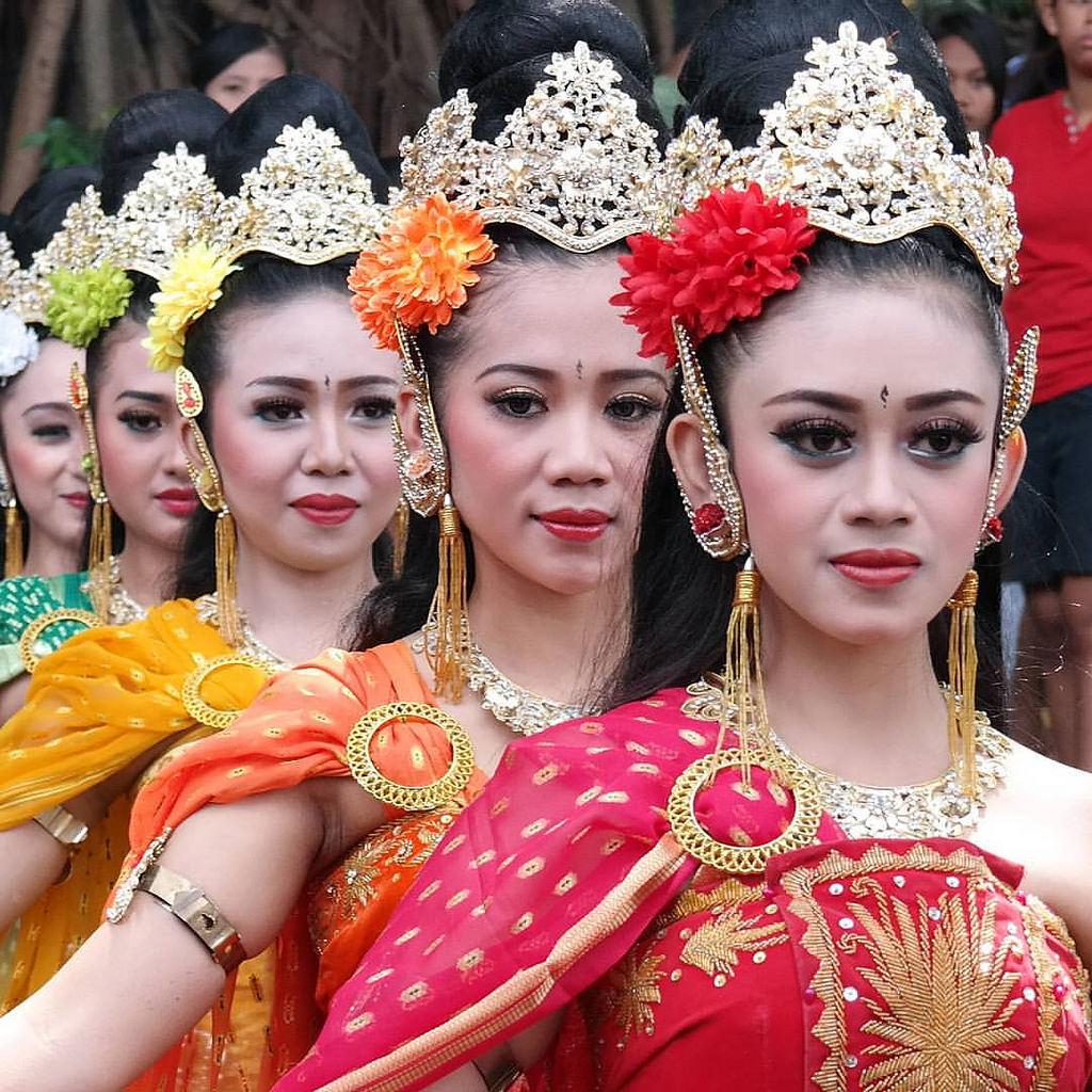 Suku Tengger Tinggal Kabupaten Malang Melakukan Gr Flickr Grebeg Tirtoaji