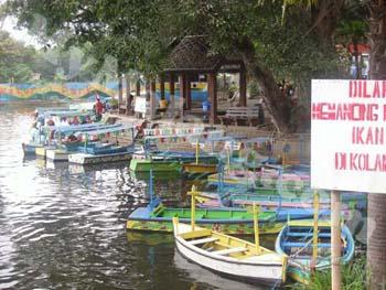Tempat Wisata Malang Hotel Murah Pemandian Wendit Taman Air Kota