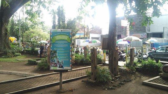 Ayunan Taman Bermain Pasir Picture Trunojoyo Malang Cerdas Bentoel Kota
