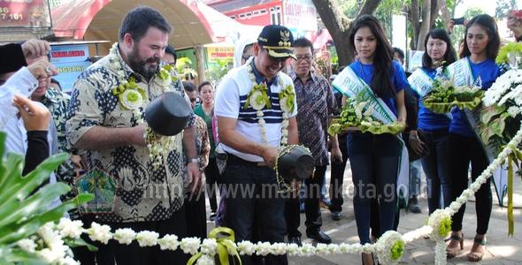 Wali Kota Malang Moch Anton Presiden Direktur Pt Bentoel Taman