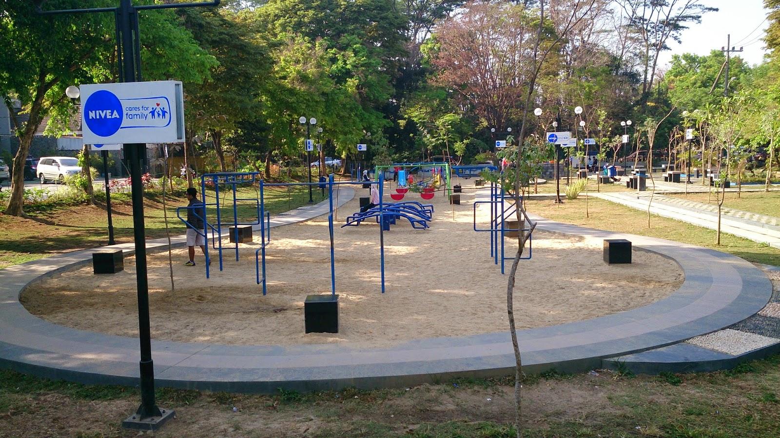 8 Taman Kota Romantis Malang Traveling Yuk Merbabu Family Park