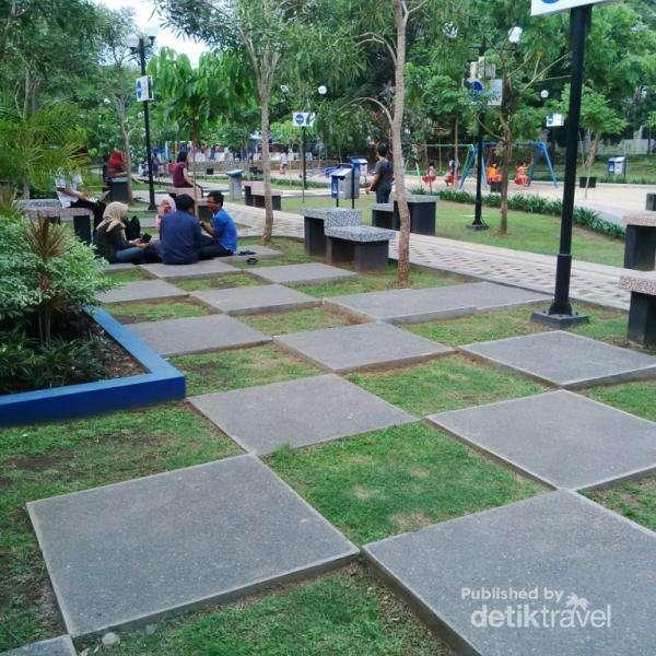 Merbabu Family Park Taman Kota Malang News Lanskap Bagus Membuat
