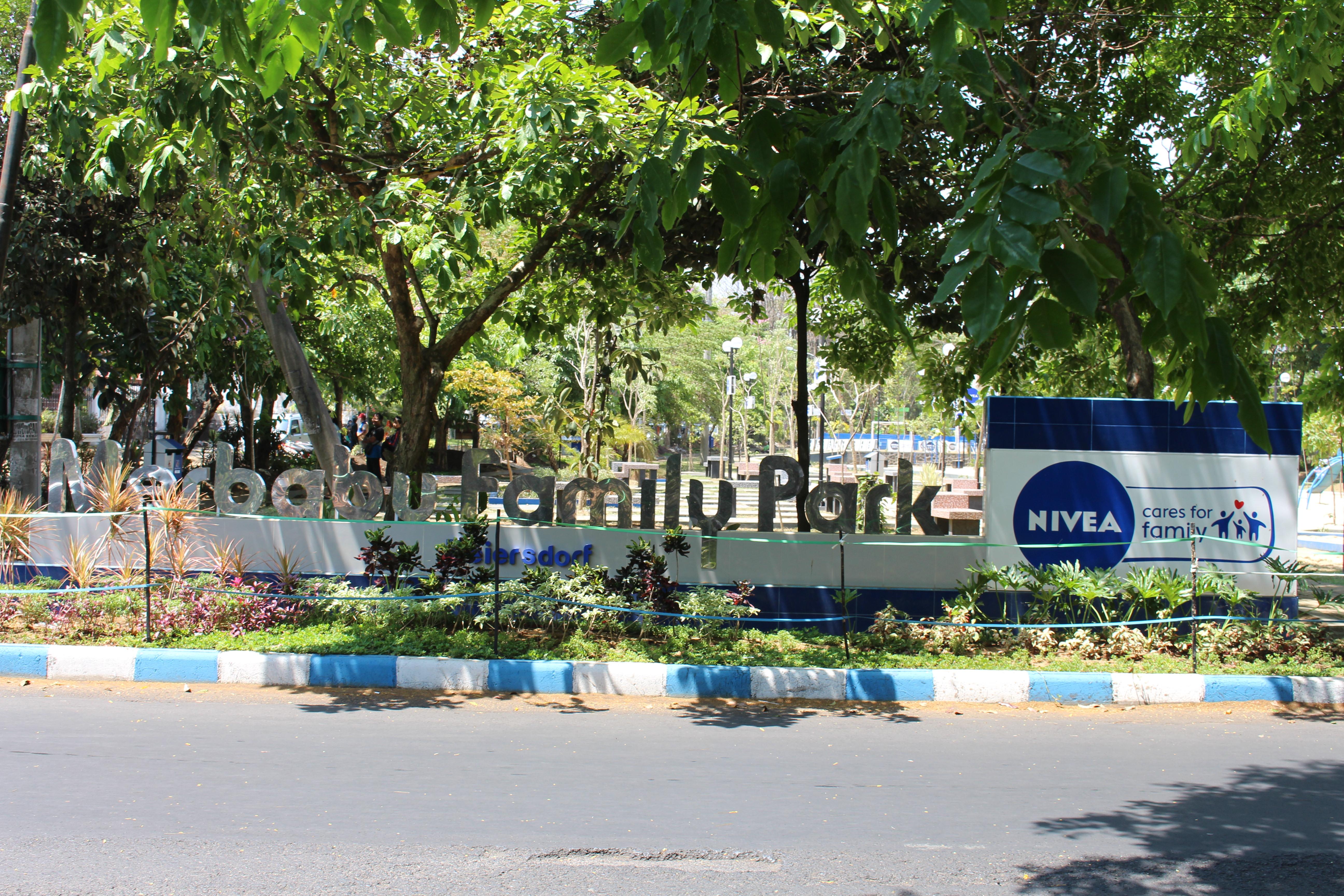 Perkembangan Taman Kota Malang Merbabu Family Park Interaksi Lingkungan Sekitarnya