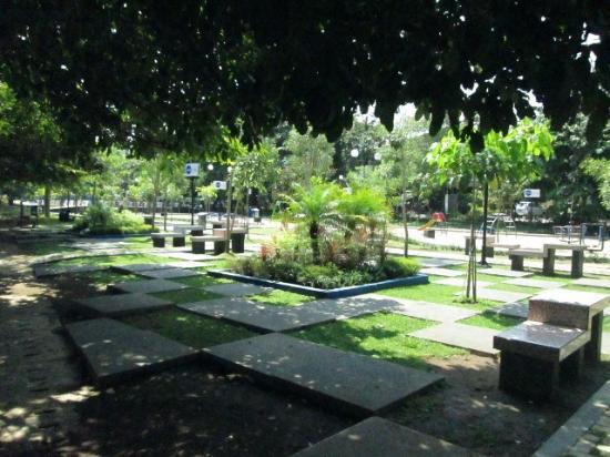 Taman Bermain Anak Picture Merbabu Family Park Malang Tempat Asri