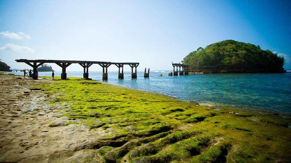 Daftar Pantai Malang Liburmulu Balekambang Salah Satu Cukup Populer Teluk