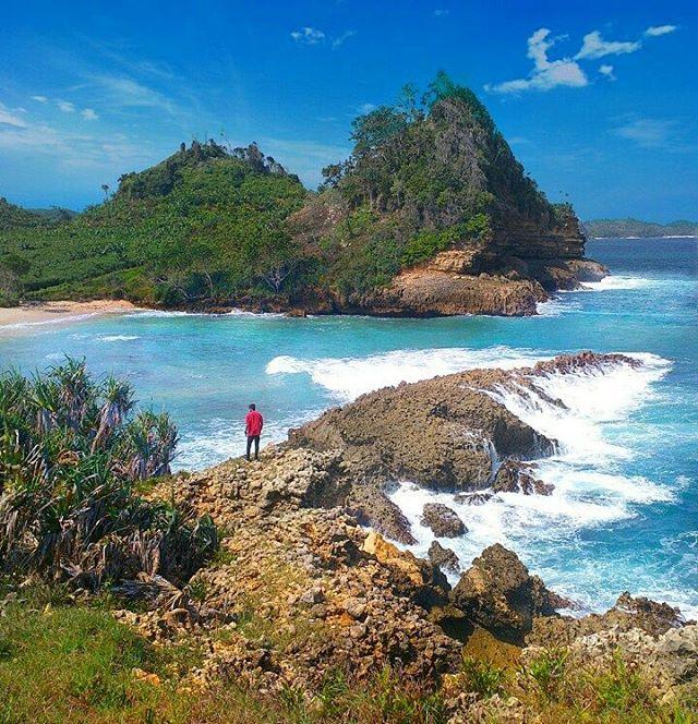 Pantai Tanjung Kletakan Surganya Snorkling Malang Photomalang Teluk Kletekan Kota