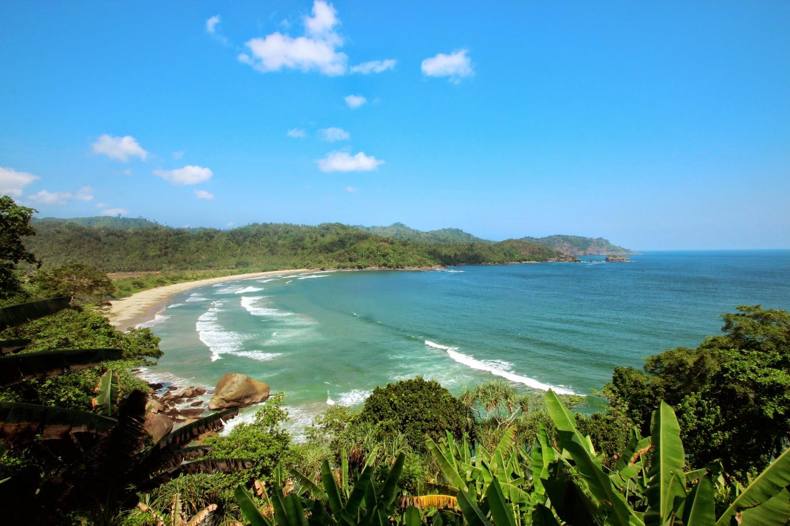 Wisata Pantai Lenggoksono Malang Teluk Kletekan Kota