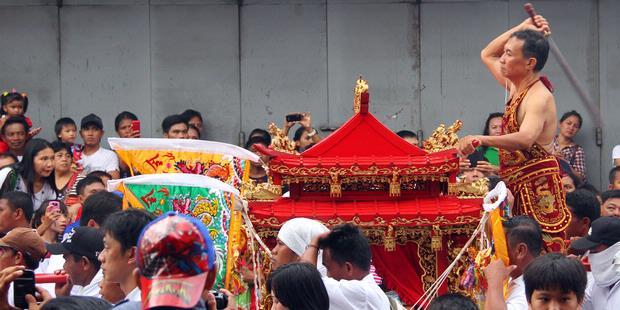 Festival Cap Meh Manado Smp Negeri 1 Gegesik Meriah Kampung
