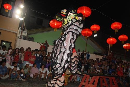Kawanua Post Spektakuler Malam Imlek Kampung Cina Manado Atraksi Barongsai