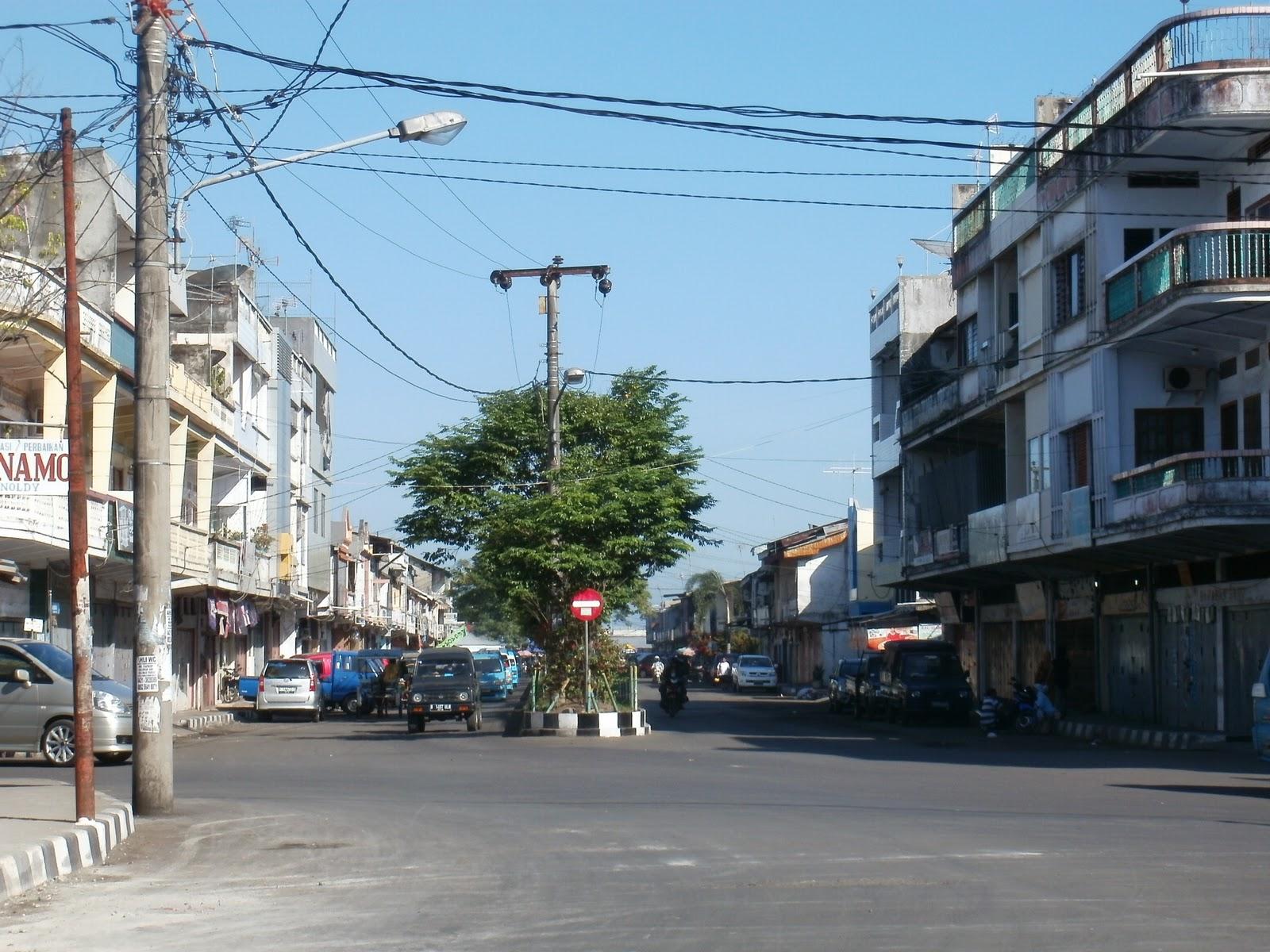Manado Tempo Dulu Pasar Kampung Cina Perempatan Menuju Pelabuhan Bersehati