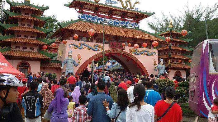 Perayaan Imlek Kampung Cina Cibubur Dipadati Pengunjung Sriwijaya Kota Manado