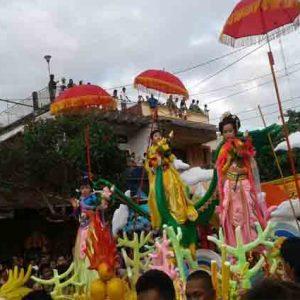 Ribuan Warga Padati Kampung Cina Saksikan Cap Meh Manado Bahkan
