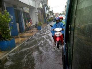Ruas Jalan Kampung Cina Tergenang Air Tribun Manado Kota
