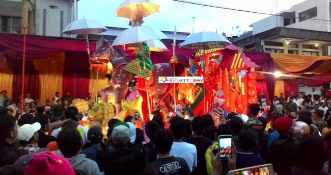 Tumpah Ruah Warga Manado Saksikan Perayaan Cap Meh Suluttoday Suasana