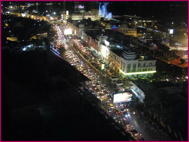 Indahnya Indonesiaku Malam Hari Kawasan Boulevard Pusat Menemukan Makanan Manado