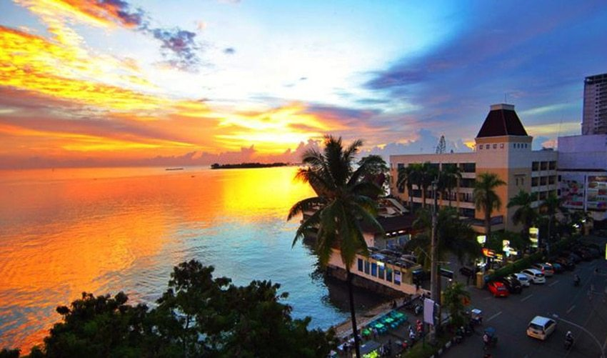 Manado Waterfront City Berkelas Dunia Baswara Sunset Boulevard Kawasan Kota