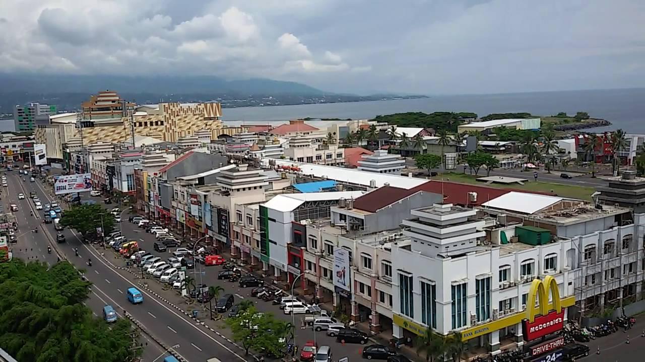 Pemandangan Kawasan Mega Mas Atas Gedung Centre Manado Youtube Boulevard