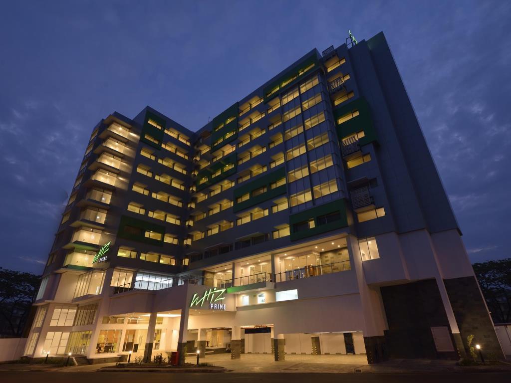 Price Whiz Prime Hotel Megamas Manado Reviews Kawasan Boulevard Kota