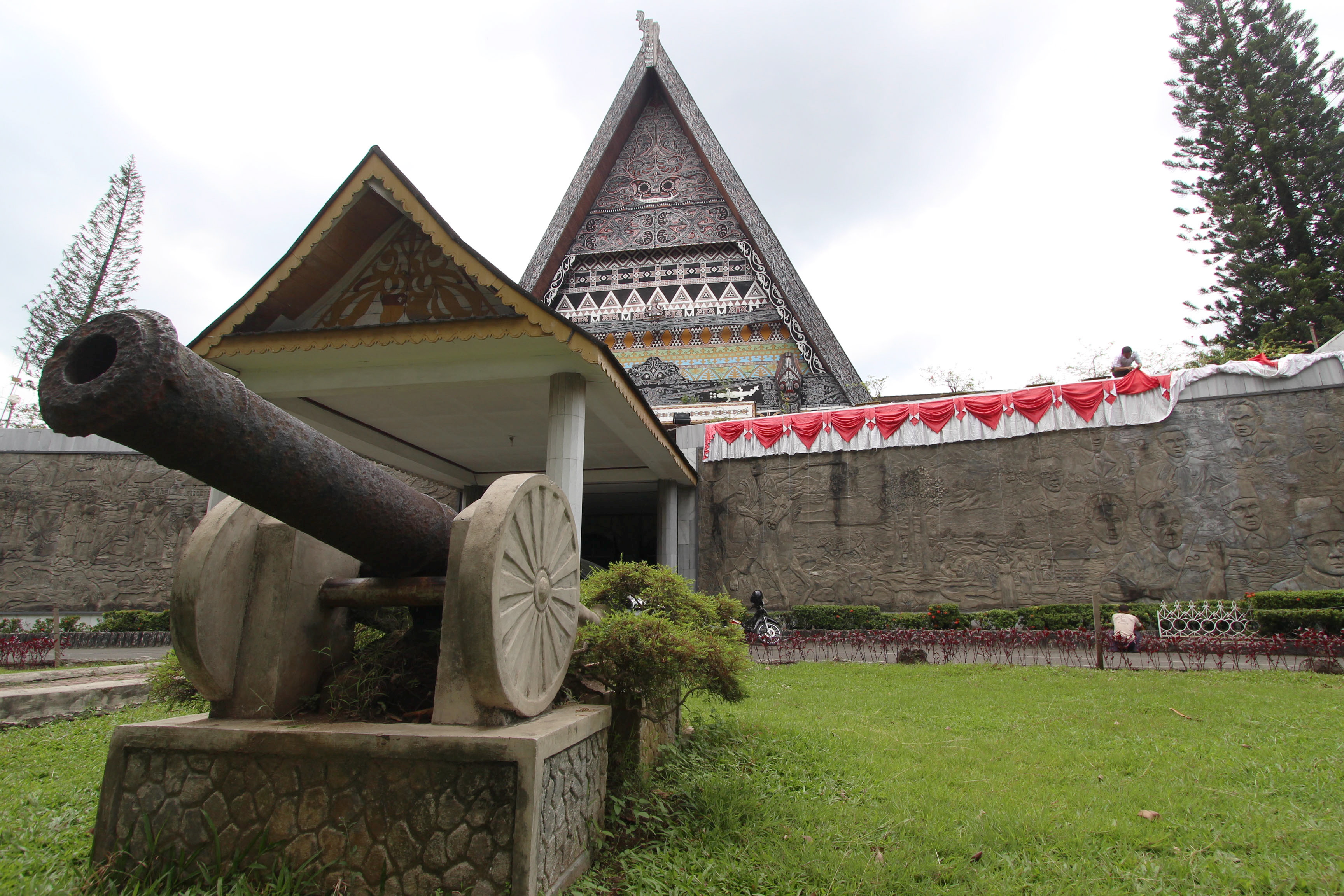 Nikmatnya Liburan Lengkap Museum Negeri Sulawesi Utara Aktivitas Dilakukan Kota