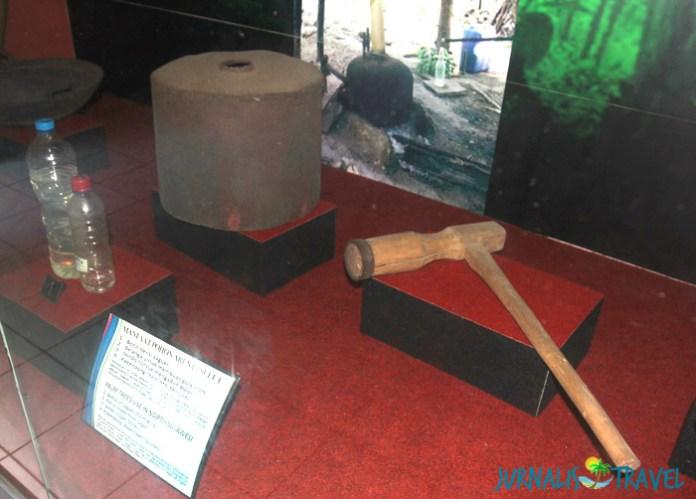 Saguer Cap Tikus Museum Manado Jurnalis Travel Contoh Alat Pengolah