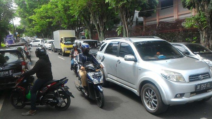 Traffic Update Sebaiknya Hindari Jalur Wr Supratman Tribun Manado Museum