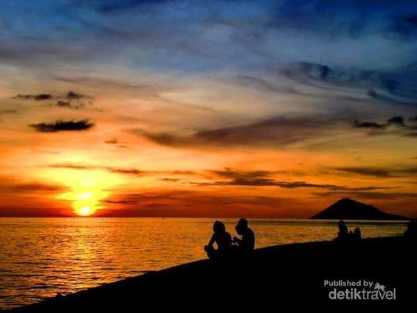 3 Pantai Cantik Jadi Ikon Manado Malalayang Kota