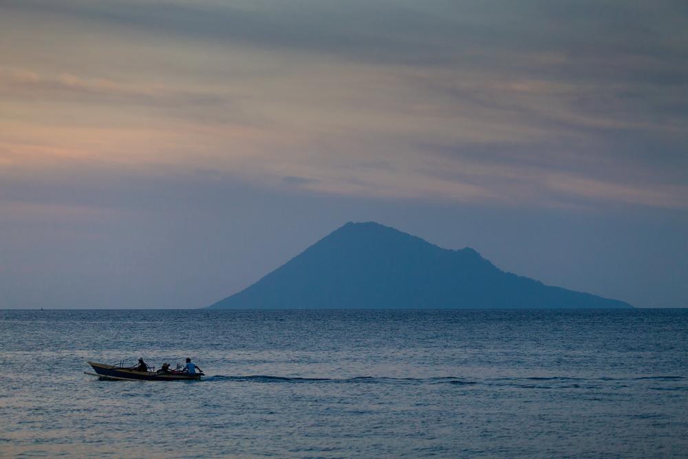 Pantai Malalayang Manado Deni Sugandi Kota