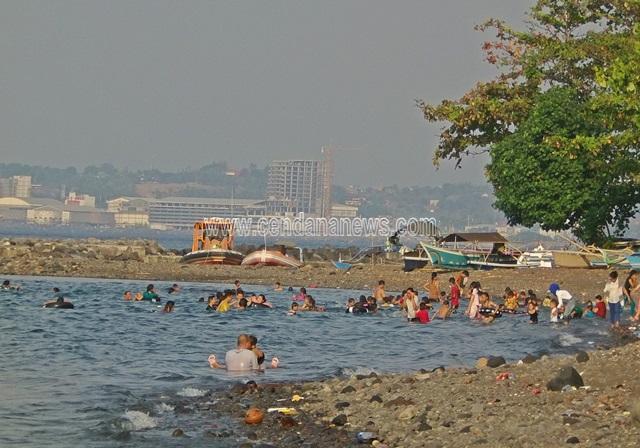 Pantai Malalayang Objek Wisata Alternatif Manado Cendana News Jadi Wali