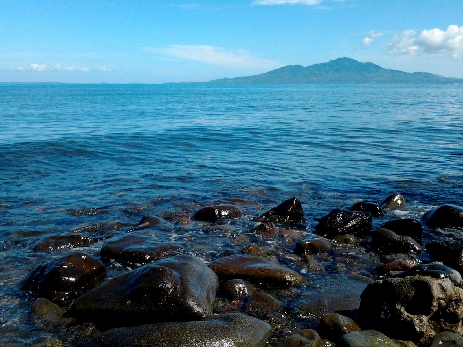 Pantai Malalayang Pesona Alam Atas Bawah Laut Memukau Sulawesi Utara