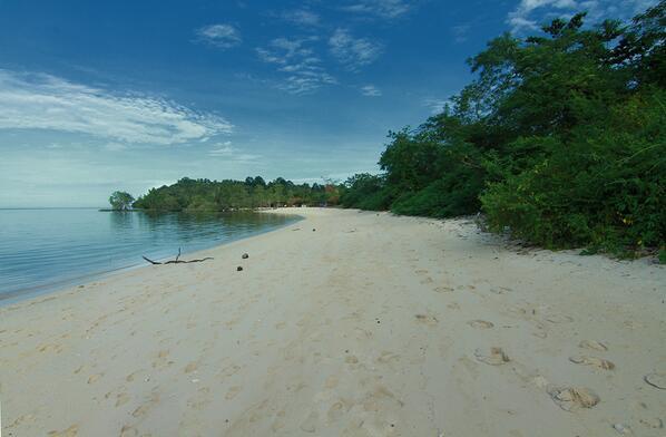 Penataan Pantai Malalayang Dijadikan Wisata Pasir Putih Suara Manado Keindahan