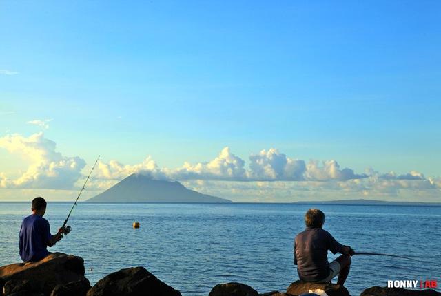 Sore Pantai Malalayang Blog Ronny Buol Memang Ideal Menghabiskan Waktu