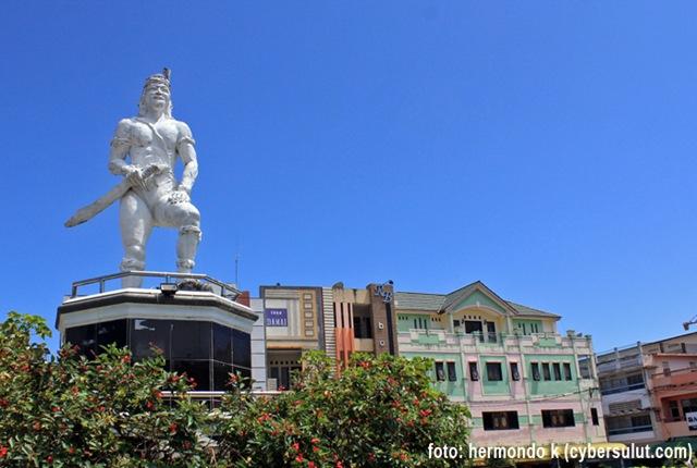 Foto Data Sebagian Patung Kota Manado Blog Ronny Buol Dotu