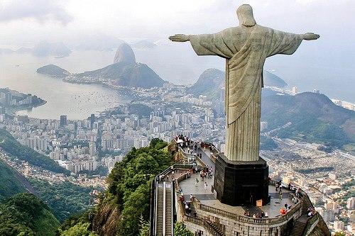 Kasih Kekal Patung Yesus Menakjubkan Dunia Memberkati Kota Manado