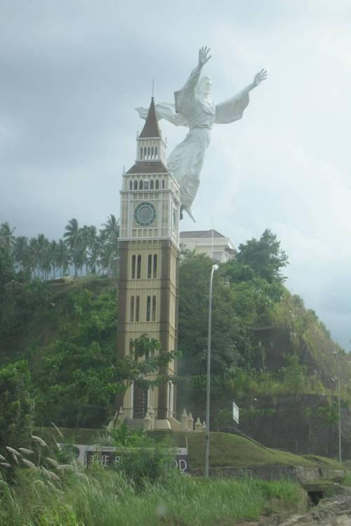 Monumen Yesus Memberkati Diresmikan Tertinggi Asia Kedua Patung Kota Manado