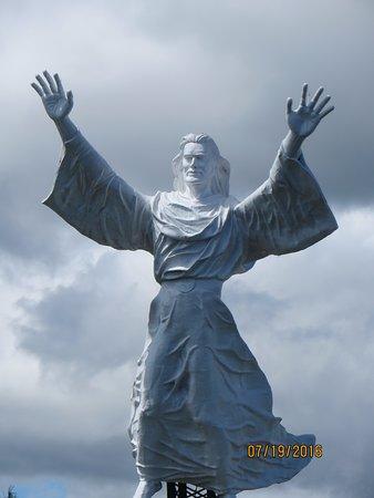 Patung Yesus Memberkati Manado Indonesia Review Kota