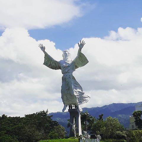 Patungyesusmemberkati Instagram Tag Pikbrowse Salah Satu Landmark Kota Manado Patung