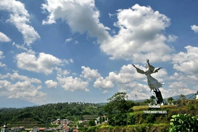 Pilihan Tempat Berlibur Manado Rio De Janeiro Indonesia Patung Yesus