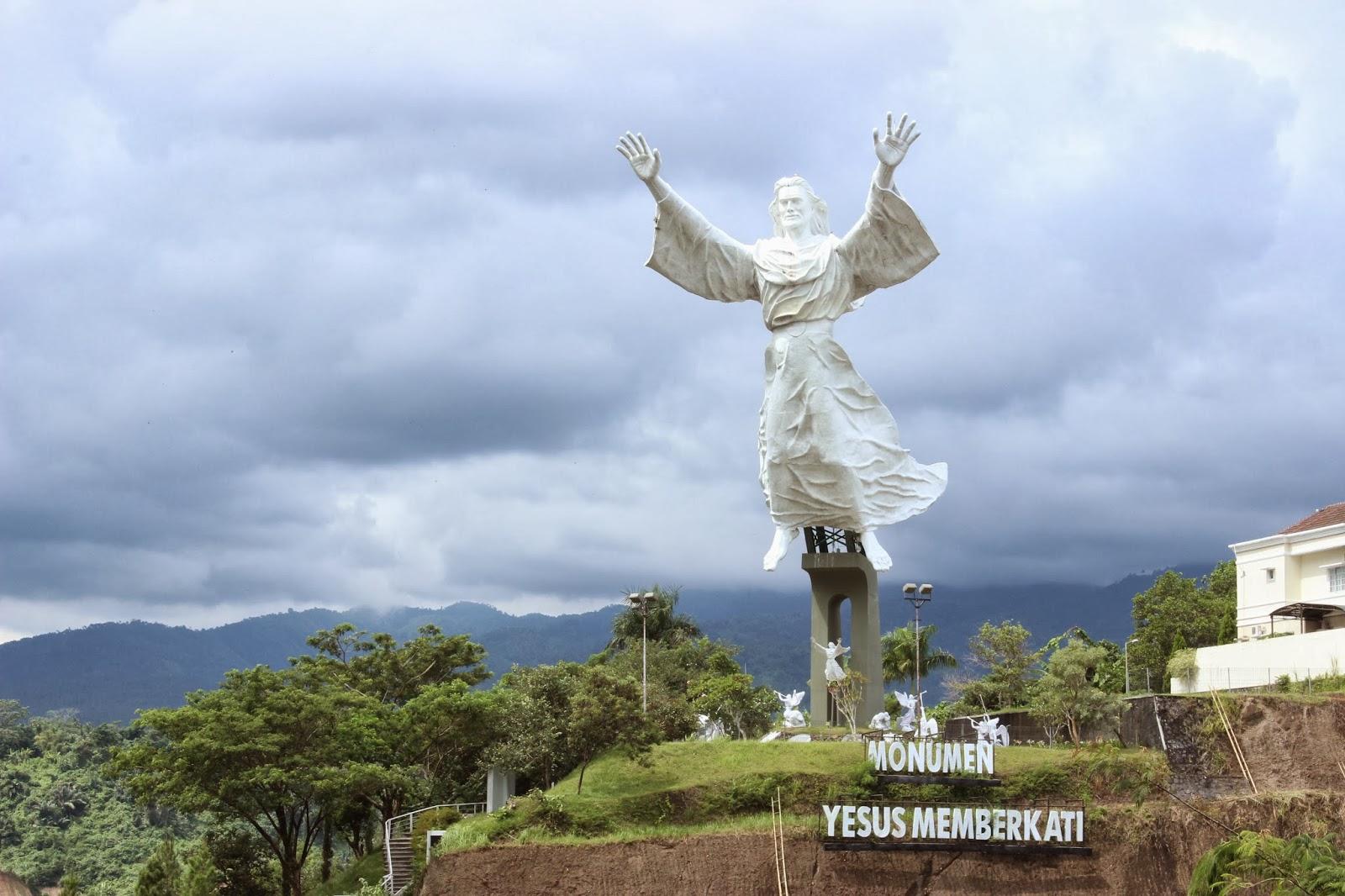 Ucha Disini Manado Ooh Bumi Kawanua Damai Iya Salut Kota