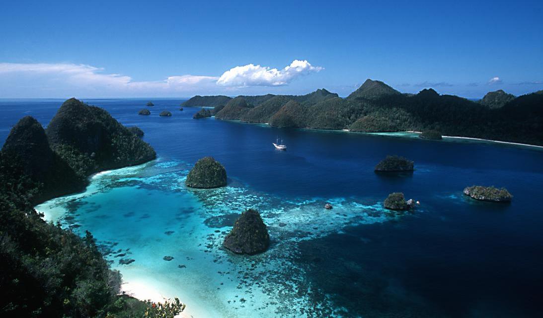 Nain Island Dive Site Manado Pulau Siladen Kota
