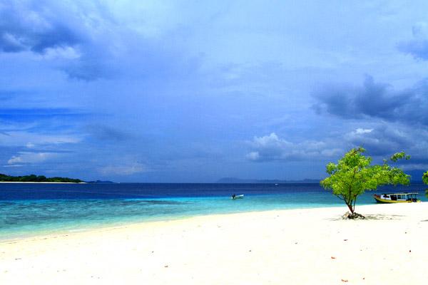 Pulau Lihaga Tempat Wisata Menarik Minahasa Utara Siladen Kota Manado