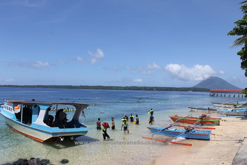 Pulau Siladen 08114370678 Paket Wisata Manado Rental Mobil Obyek Kota