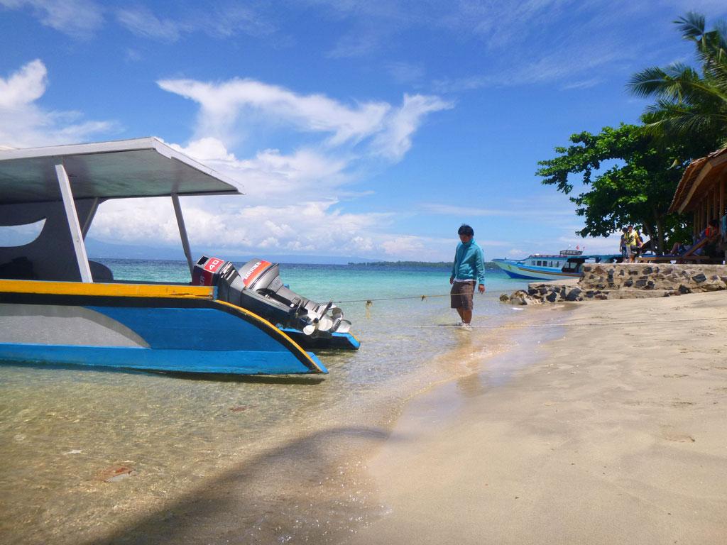 Pulau Siladen Objek Wisata Menarik Kota Manado Pantai Pasir Putih