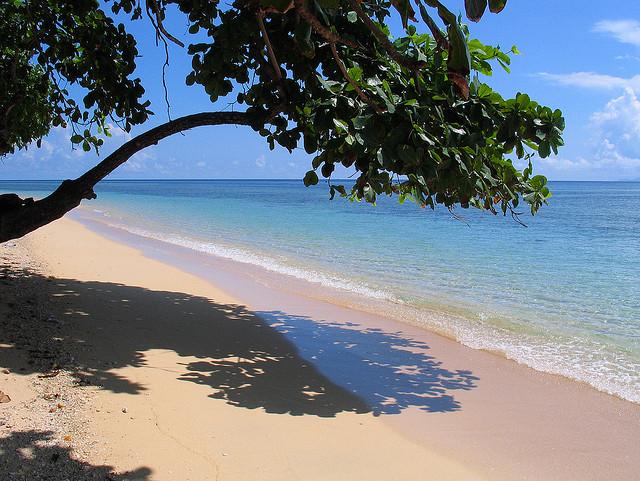 Pulau Siladen Travelous Sampai Wisatawan Mendapat Sambutan Hangat Oleh Penduduk
